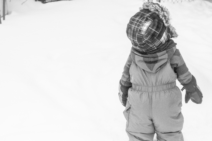 Miles 1st Snow-9467